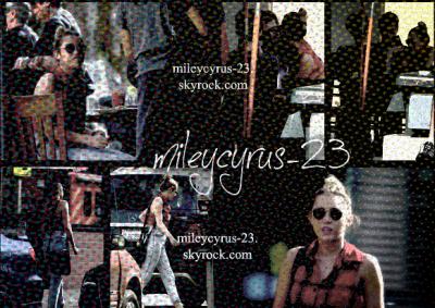 31/01/2012: MILEY & LIAM DÉJEUNENT A LOS ANGELES