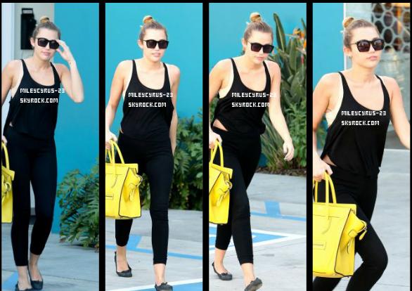 Miley Sort De Ses Cours De Pilates