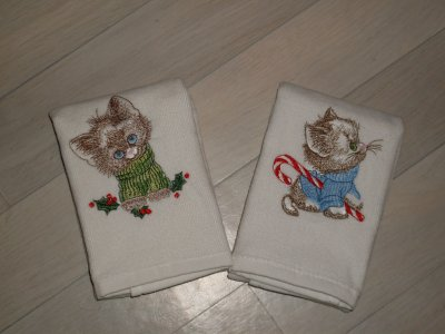 Petite serviette d'invité avec chat Noël