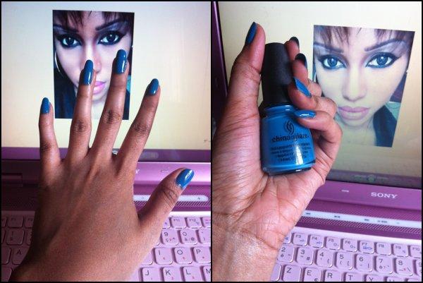 Nails art- Blu lagon