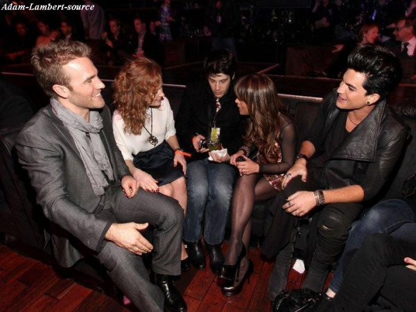 #293 Adam au NewNowNext Awards avec Paula Abdul .(07.04.11)