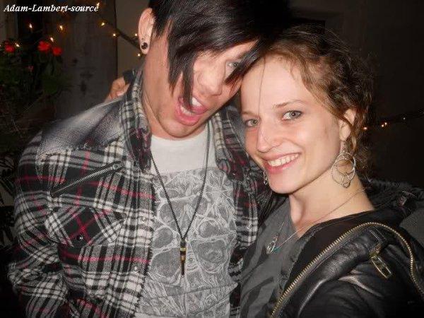 #298 Nouvelles photos de Adam à un party. (09.04.11)
