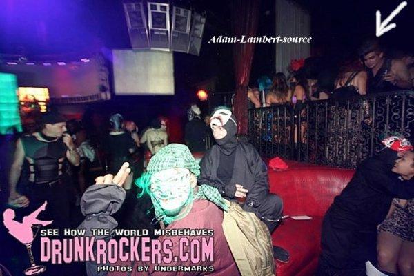 #459 Adam a été vue au Party Pirates Vs Ninjas à Hollywood, en Californie. (11.06.11)