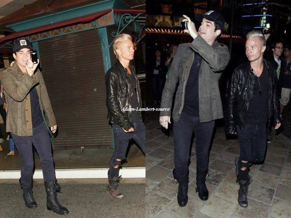 #549 Adam, son frère Neil et son copain Sauli au cinéma pour aller voir Harry Potter à The Grove. (17.07.11)