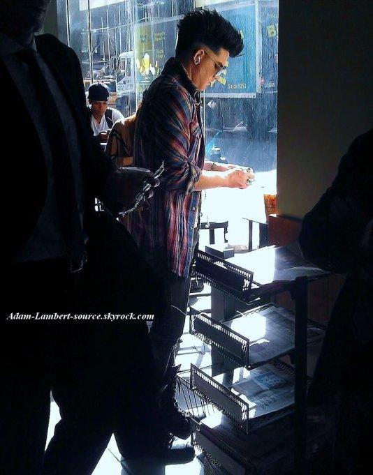 #746 Adam au Starbucks, à New York. (20.10.11)