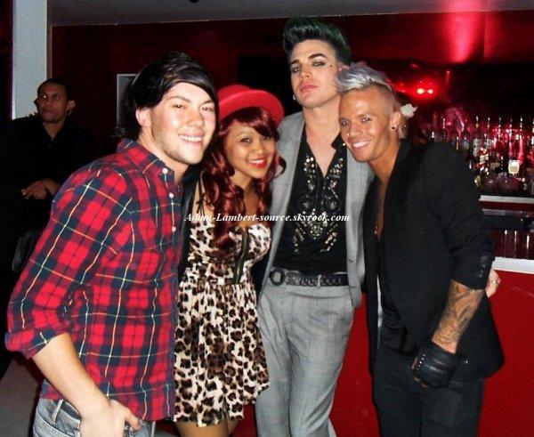 #765 Nouvelle photo de Adam et Sauli au club MSA's pour ''God Save The Queens''. (23.10.11)