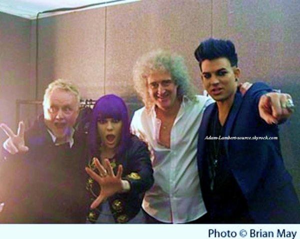 #826 Nouvelle photo de Adam avec Roger Taylor, Brian May & Jessie J après les MTV EMAs