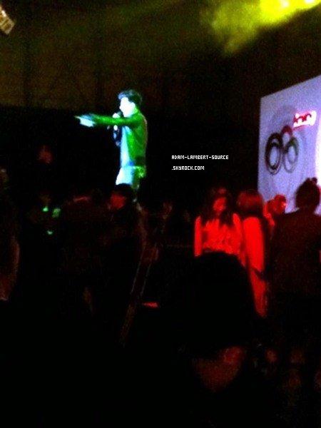 #898 Adam performant au séminaire Amway Leadership Achievement, à Shanghai. (18.12.11)