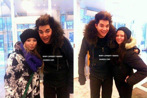 #1042 De nouvelles photos d'Adam et des fans en Suède.