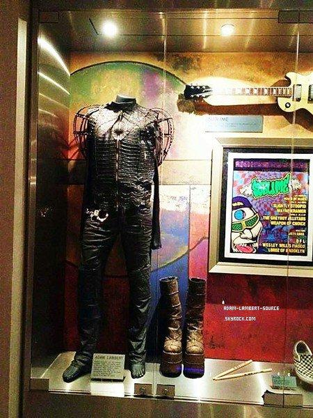 #1118 Le costume d'Adam durant sa perormance avec KISS à American Idol, en 2009 au Hard Rock Hotel.