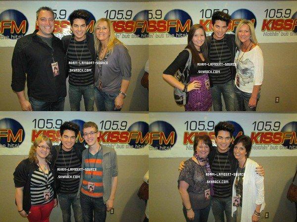 #1176 Adam était au Lawrence Arts Center pour 105.9 Kiss FM (Performance + Meet & Greet). (19.03.12)
