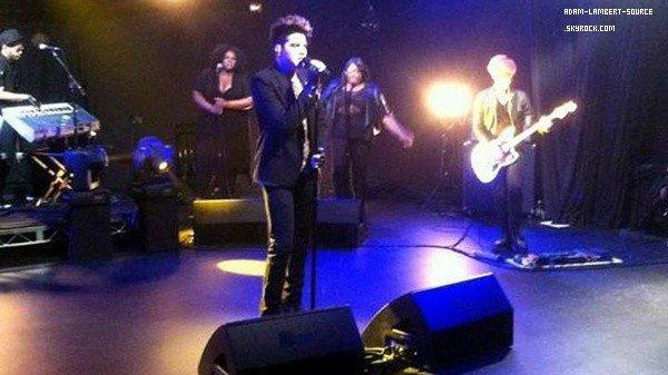 #1264 Adam au AOL sessions. Il aurait enregistrer 5 chansons! (25.04.12)