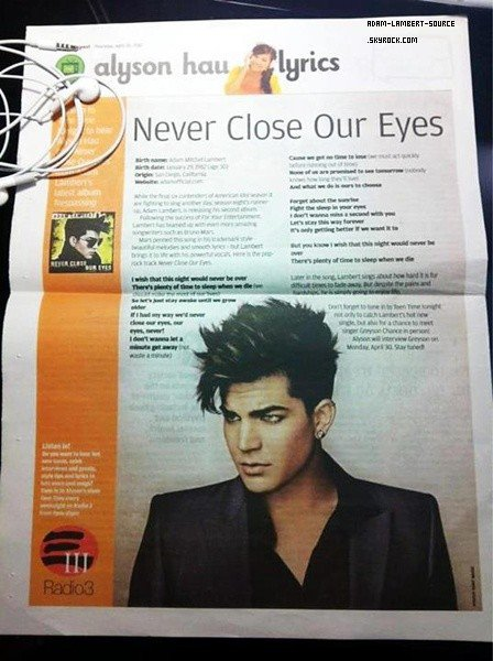 #1267 Adam dans un journal à Hong Kong.