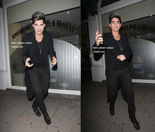 #1398 Adam au Wellington Club, à Londres. (20.06.12)