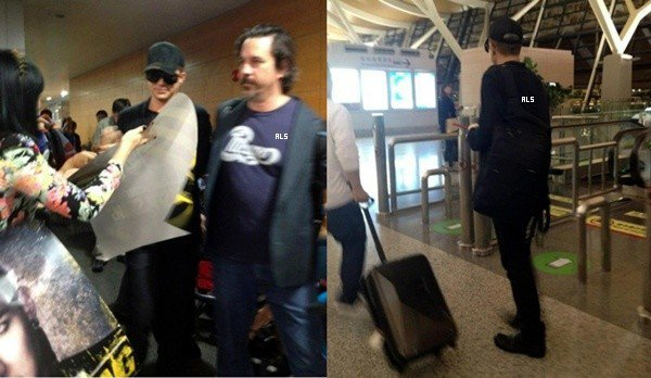 #1512 (FANPICS) Adam arrivant à Shanghai, en Chine. (28.09.12)