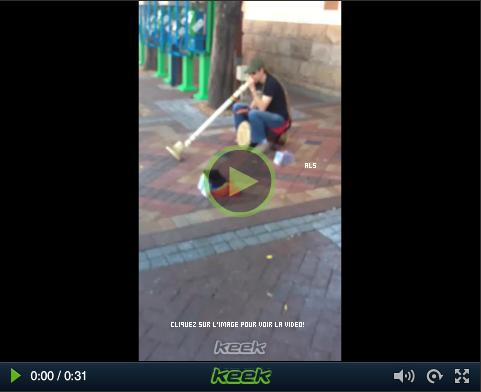 #1560 Nouveau vidéo d'Adam sur Keek; Cape Town.