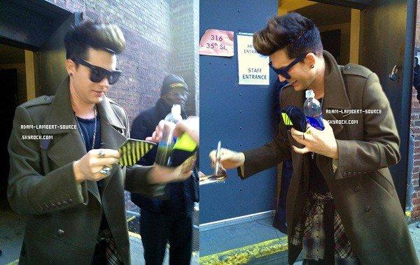 #1618 Adam avec des fans à New York. (31.01.13)
