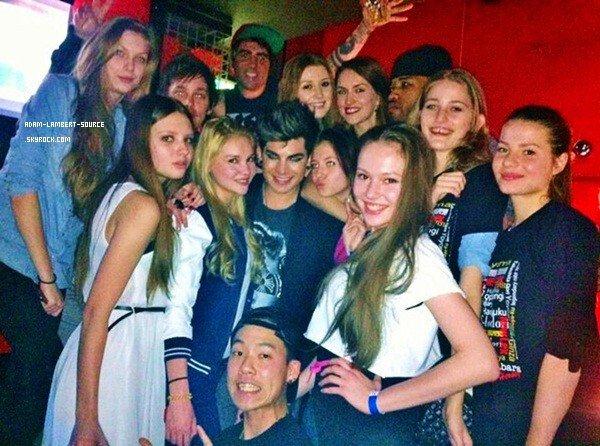 #1651 Adam était au New Lex Tokyo avec des fans. (22.02.13)