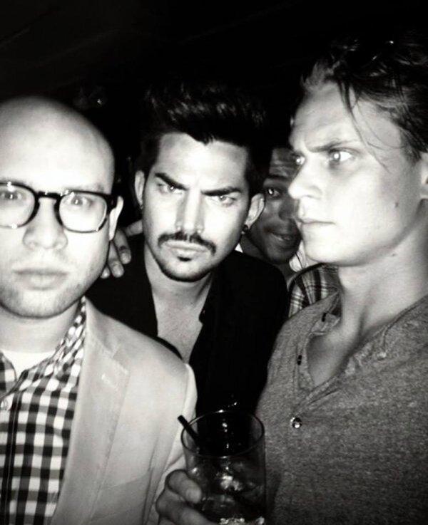 #1718 Photos+vidéos d'Adam avec des fans à New York. (18.06.13)