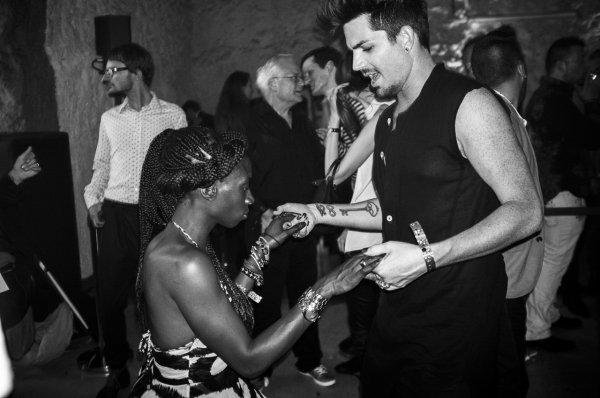 #1738 Nouvelles vhotos d'Adam au Life Ball 2013 à Vienne. (25.05.13)