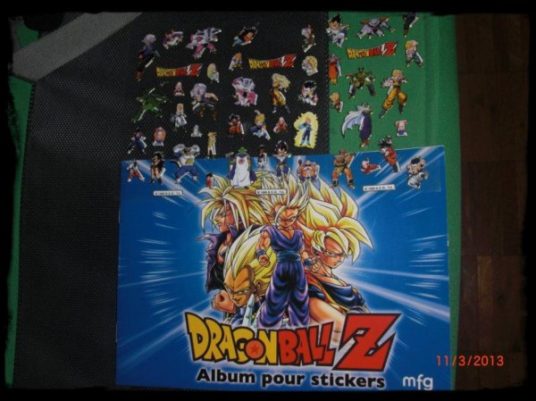 DBZ, livre plus stickers