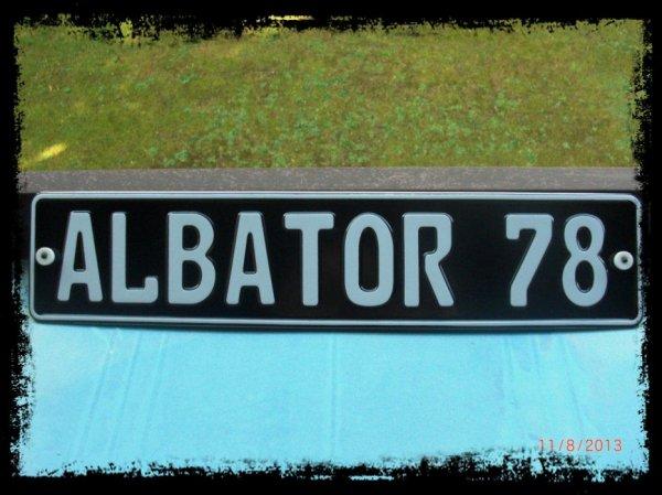 Albator 78, Plaque