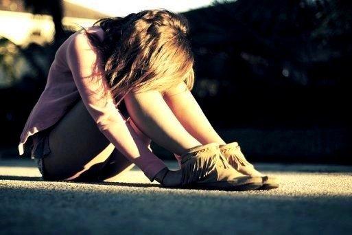 Les souvenirs c'est bien joli, mais on ne peut ni les toucher,ni les sentir, ni les serrer contre soi ...