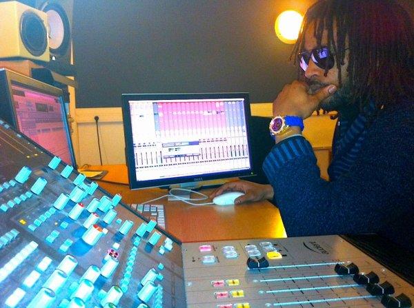 mode studio