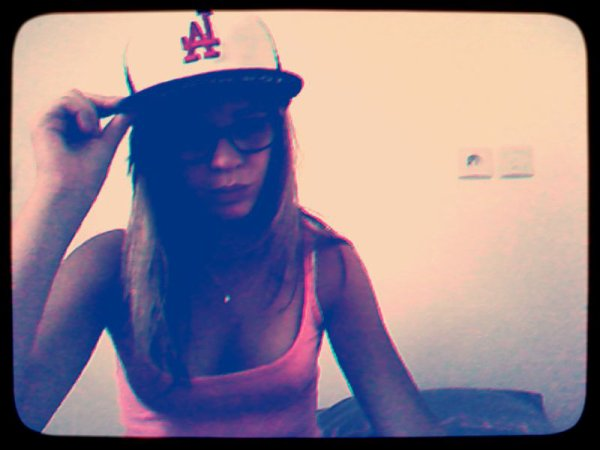 coucou , coucou :$♥