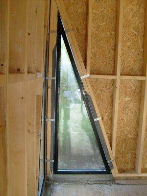 la fen tre triangle droit fixe vue de l int rieur maison bois doudou. Black Bedroom Furniture Sets. Home Design Ideas