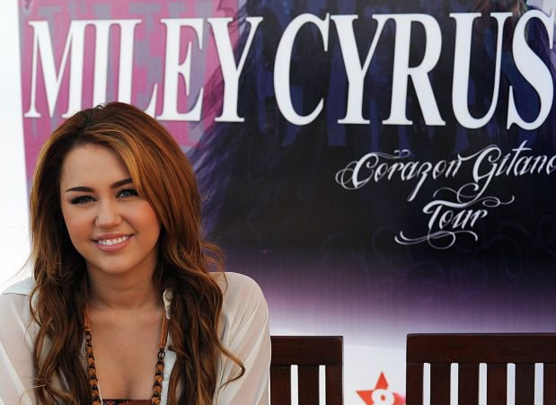Your portuguese blog about Miley Cyrus!