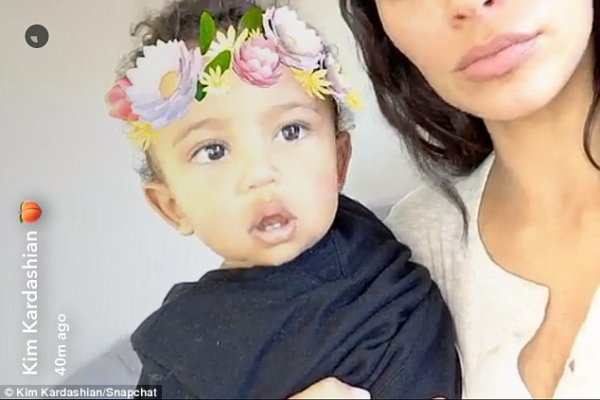 Kim Kardashian & Saint West