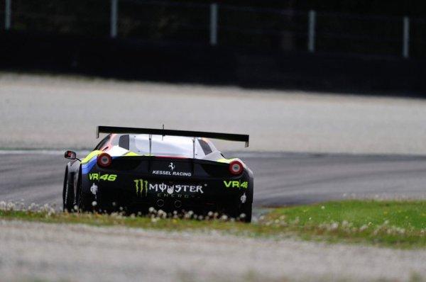 Rossi retrouve le sourire..en Blancpain Endurance Series.
