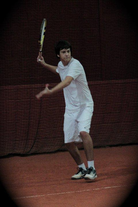 Mon sport préféré, le tennis considéré comme un art dans ma famille!!!