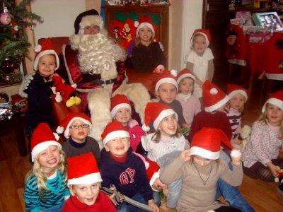 Le Père Noël et ses petits amis