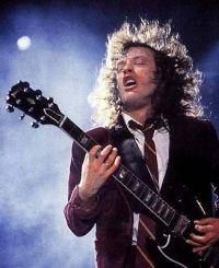 Angus Young - Guitare Solo