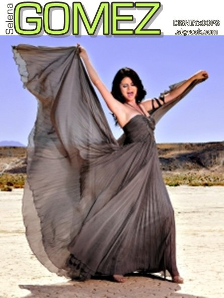 Selena a offert sa magnifique robe de Year without rain à l'Unicef. Et un point de plus côté Générosité pour la Belle.