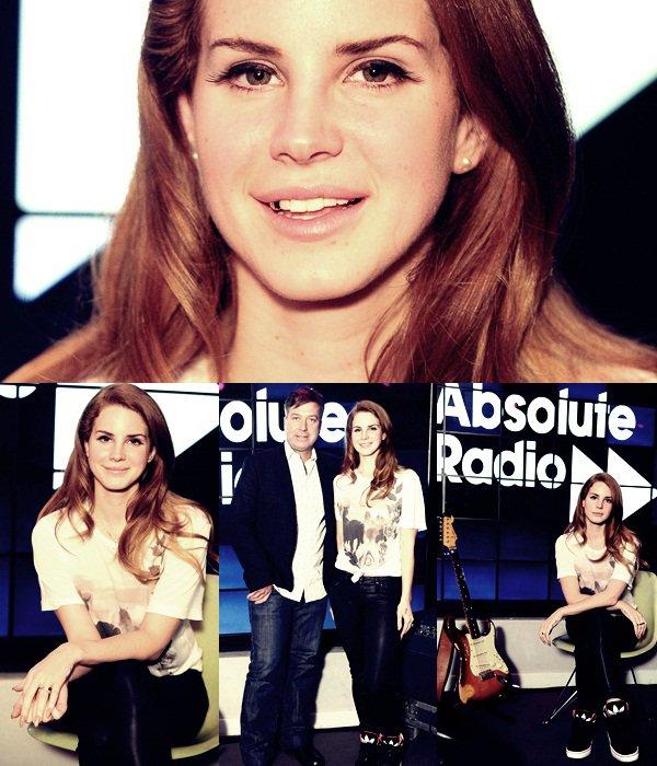 ** 23 Janvier 2012 : Quittant la radio à Londres **