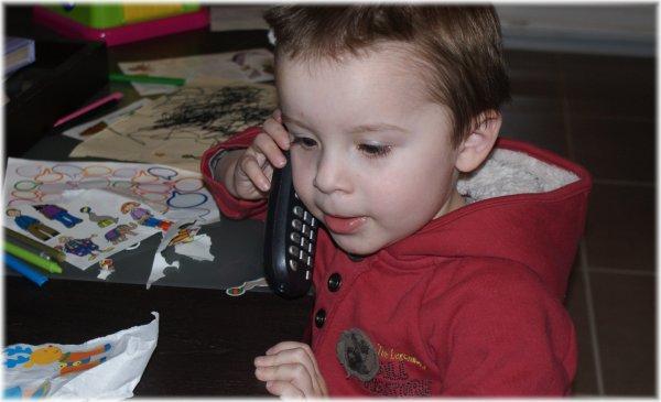 Au téléphone...