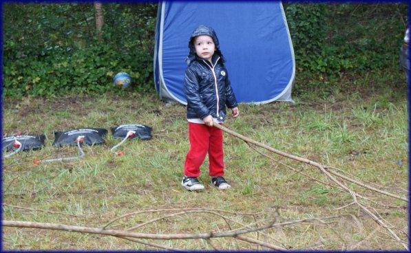 Vacances à la mer, le camping sous la pluie...
