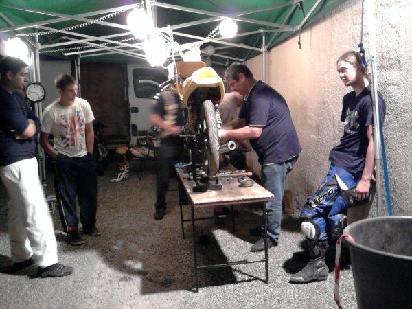 video endurance des 12 heures de MOTOLIBERTE 11  du 01 10 2011