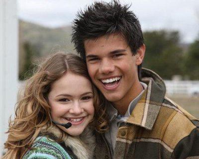 Renesmee Cullen & Jacob Black - Blog de Twilight--14 Renesmee Cullen And Jacob Black Together