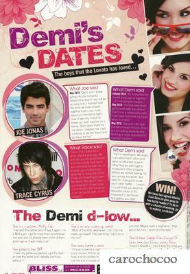 """demi lovato en couverture du magasine """"Bliss"""" du mois de septembre 2010"""