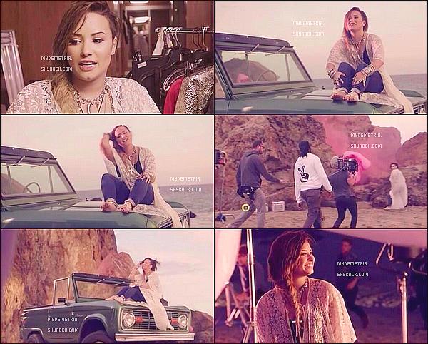. 19/09/14 : Voici quelques photos de Demi sur le tournage de 'Somebody to you'.