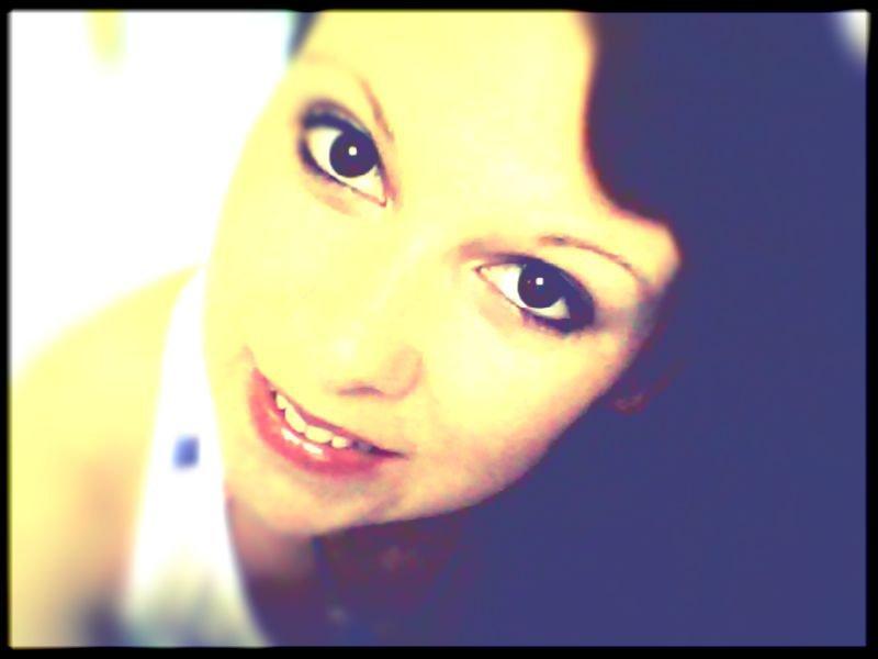coucou les amis :) vous voilà sur mon blog :)