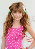 Photo de star-bella-thorne
