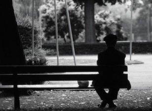 L'égoïsme aspire à la solitude pour échapper à la dépendance. [Henri Lacordaire]
