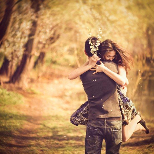 """"""" Notre amour est comme le vent, je ne peux pas le voir, mais je peux le sentir. """""""