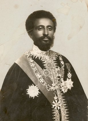 L' ELU DU SOUVERAIN CREATEUR SELON L'ORDRE DE MELCHISEDEK_ ROI DE JUSTICE  .ROI DE PAIX. ROI DES ROIS SEIGNEUR DES SEIGNEURS LION VAINQUEUR DE LA TRIBU DE JUDA. ETHIOPIA AFRICA