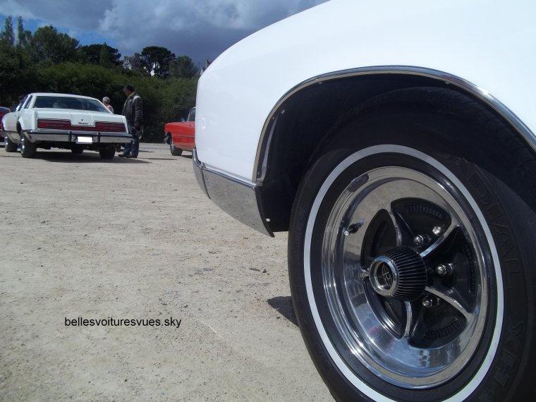 Buick Riviera(Exposition voiture Américaine Carantec 2012)(01/07/12)